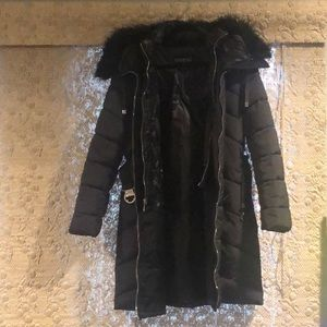 GUESS Faux Fur Trim Hooded Belted Puffer Coat